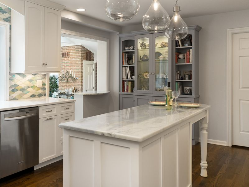 Custom kitchen by Chagrin River Company