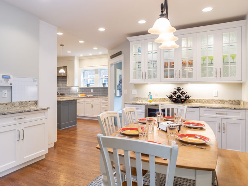 open floor plan kitchen photo